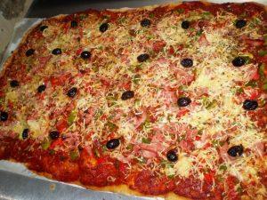 pizza aux poivrons faite maison boulangerie Serverette