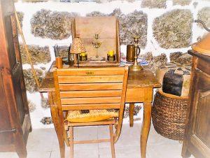 Coin bureau à l'Auberge de Saint Jean à Serverette, chambres d'hôtes en Lozère