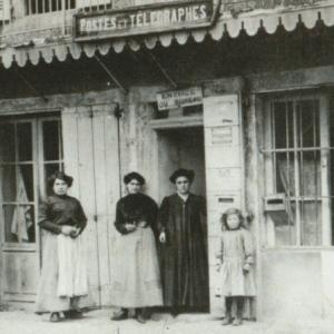 La poste de Serverette aujourd'hui Auberge de Saint Jean