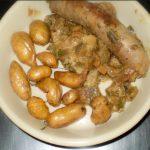 Saucisses-de-Lozère,-poivrons-et-rates du menu à 10euros à l'Auberge de Saint Jean à Serverette