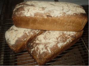 Pain à la farine bio claire à l'Auberge Boulangerie de Saint Jean à Serverette